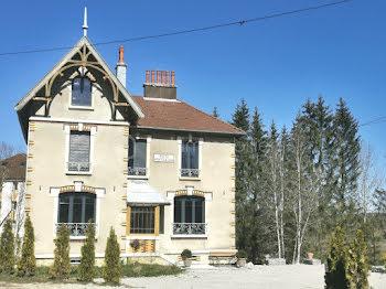 propriété à Saint-Laurent-en-Grandvaux (39)