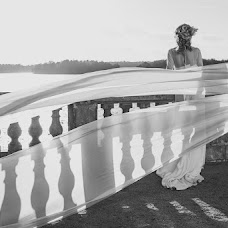 Wedding photographer Dariush Tomashevich (fotodart). Photo of 03.10.2014