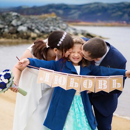 Wedding photographer Ekaterina Kolesnik (KolesnikE). Photo of 20.10.2017