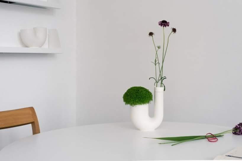 Jarrones y floreros para plantas y flores cortadas una colección de Sebastian Bergne + Tokyo Saikai