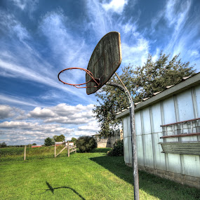Midwest Basket by Michael  Kitchen - Sports & Fitness Basketball