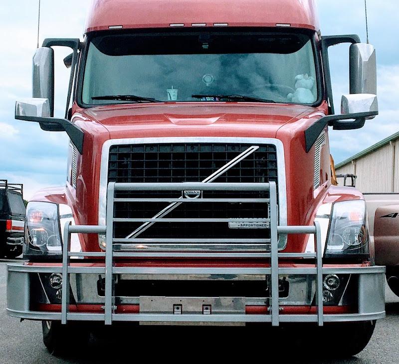 Grill Guards For Trucks : Volvo semi truck grille guard