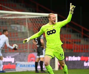 """Arnaud Bodart : """"Je n'avais jamais imaginé marquer un but dans ma carrière"""""""