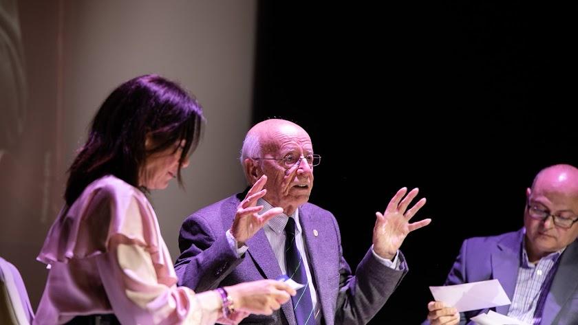 Emilio Lledó en la conferencia de la UAL.
