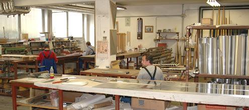 Photo: Delavnica kovinskih piščali - Metallpfeifenwerkstatt - Shop for metal pipes
