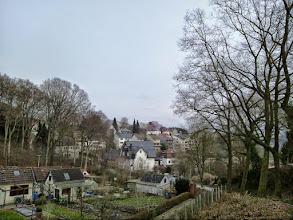 Photo: Beim Kleingartenverein ,In der Hülsche e.V.' - rechts befindet sich der Hasper Friedhof auf der Büddinghardt.