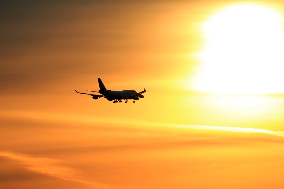 plane-1000996_960_720.jpg