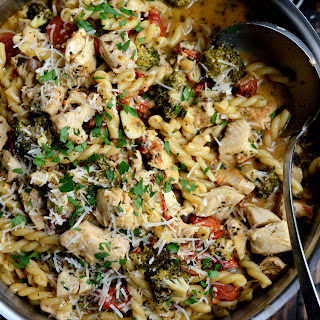 One Pan Chicken Pesto Pasta