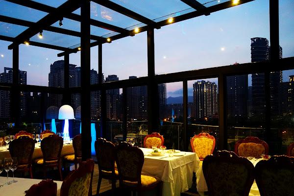 浪漫玻璃屋星光餐廳! 高質感義法料理 2016米其林餐會隆重登場 高雄約會餐廳推薦-Eagle義來藝去義法餐廳