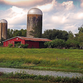 Barn 3 by Grady  Welch - Buildings & Architecture Decaying & Abandoned ( creek, barn, silo, water, silos )