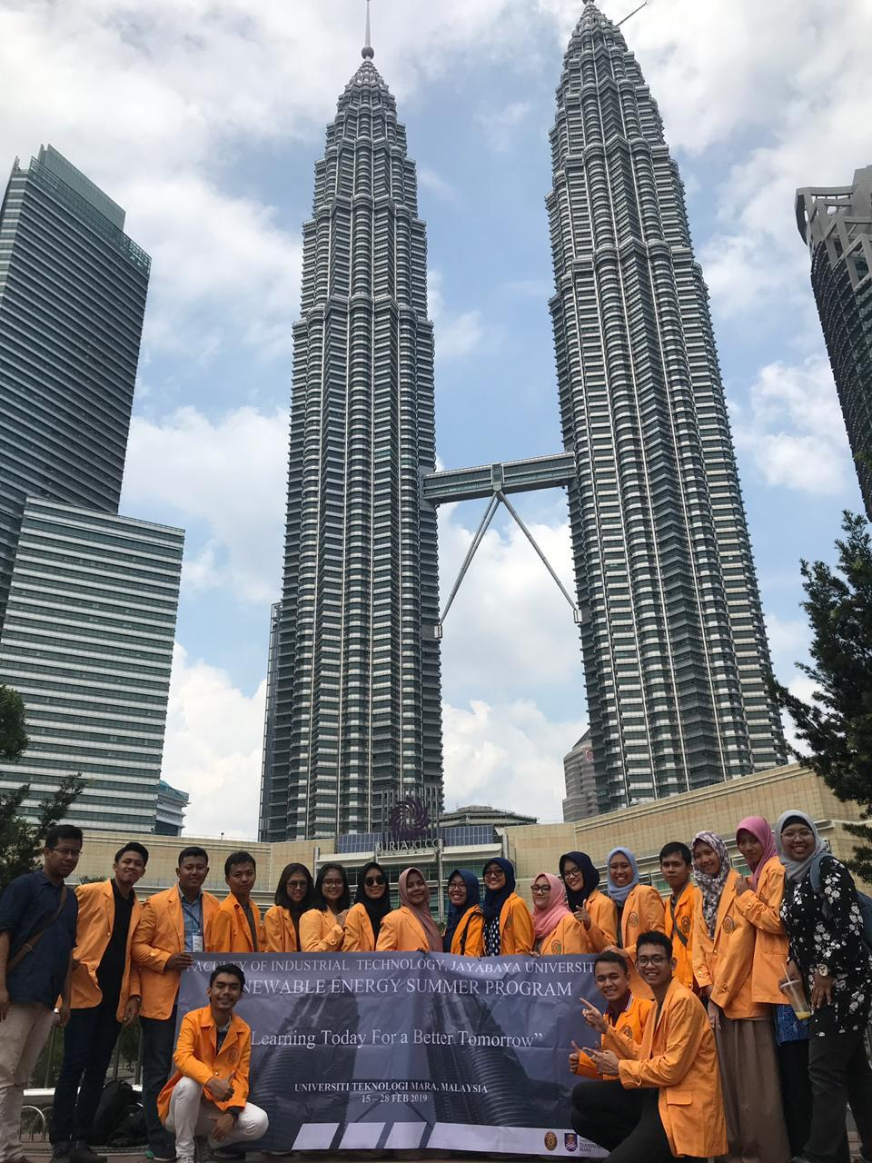 FTI JAYABAYA SENT 18 STUDENT TO JOIN SUMMER PROGRAM 2019 TO UNIVERSITI TEKNOLOGI MARA (UiTM) MALAYSIA