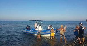 Al Abordaje del Cabo también ofrece diferentes ofertas de ocio y deportes acuáticos para disfrutar al máximo de las paradisíacas playas del Cabo de G