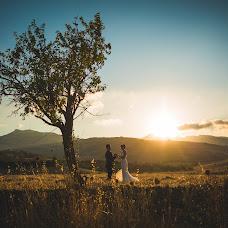 Wedding photographer Giuseppe Troia (giuseppetroia). Photo of 19.04.2017