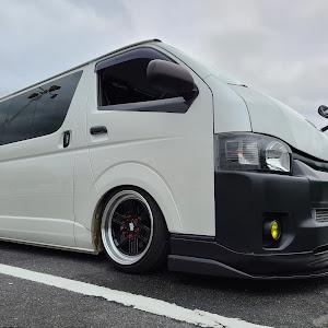 ハイエースバン TRH200V SUPER GL 2018年式のカスタム事例画像 keiji@黒バンパー愛好会さんの2020年06月28日13:21の投稿