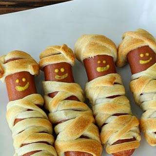 Halloween Mummy Dogs.