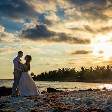Wedding photographer Nestor Meneses (nestormeneses). Photo of 06.03.2015