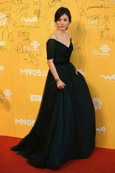 hyekyo gown 19