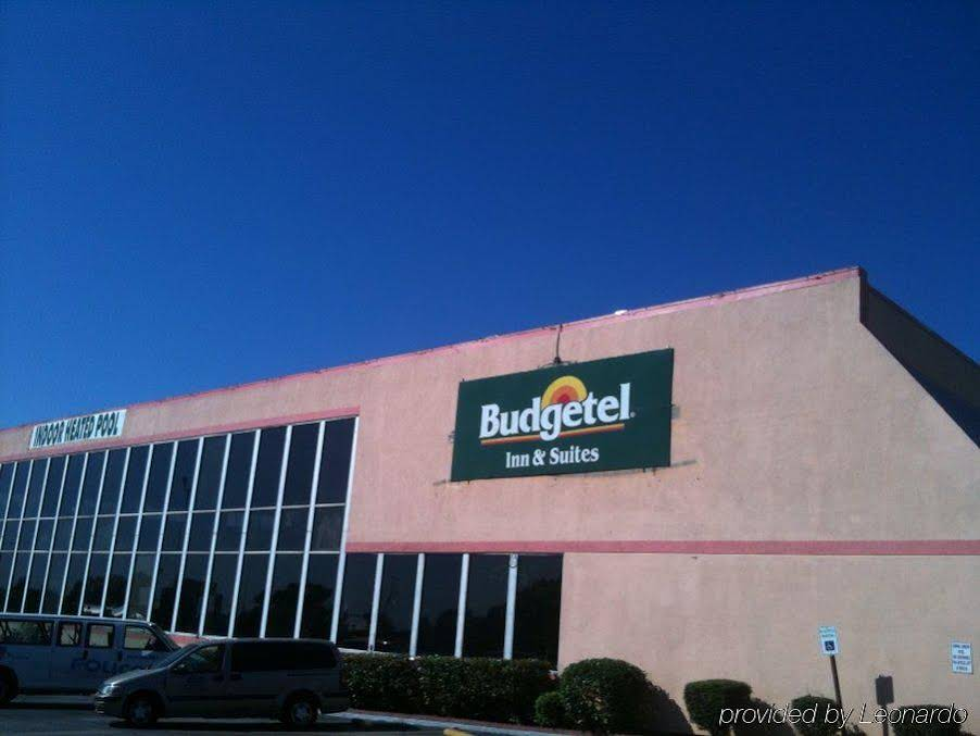 Budgetel Inn and Suites Little Rock