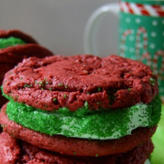 Red Velvet Christmas Cookie Sandwiches