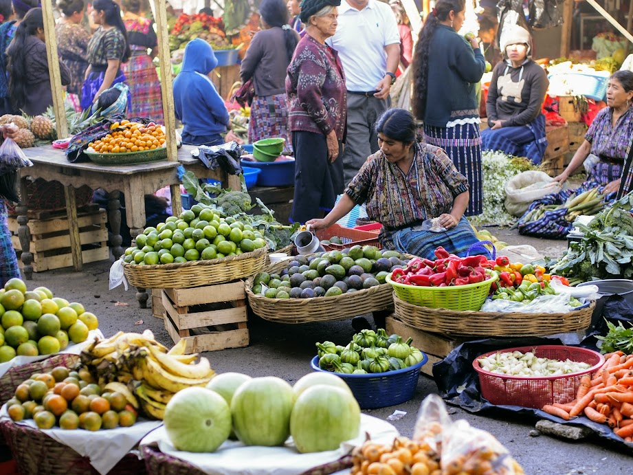 Sunday market in Panajachel