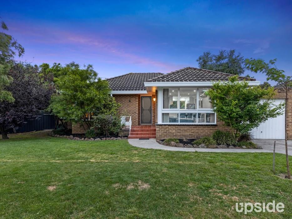 Main photo of property at 4/49 Grove Road, Rosanna 3084
