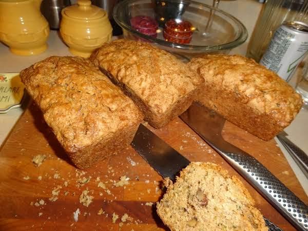 Zucchini Nut Bread Recipe