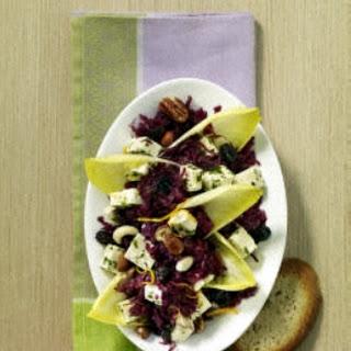 Chicorée-Rotkohlsalat mit Studentenfutter