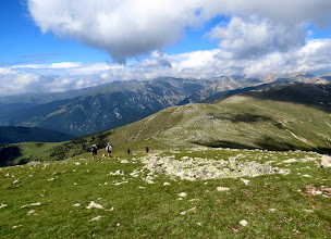 Photo: descente vers le Coll del pal ,au fond cirque de Ull del Ter