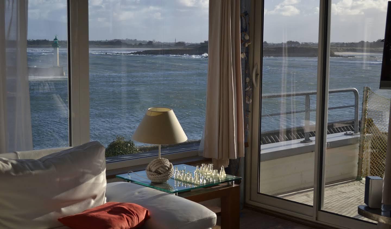Villa avec piscine en bord de mer Roscoff