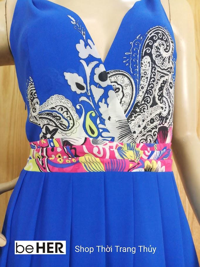 Váy xoè cổ chữ V vạt chéo hoạ tiết hoa V689 thời trang thuỷ