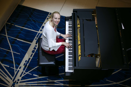 Our sailing on Viking Sun featured nightly performances by pianist Olga.