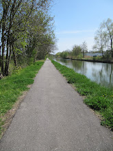 Photo: Day 23 - On  the Canal de la Marne ou Rhin