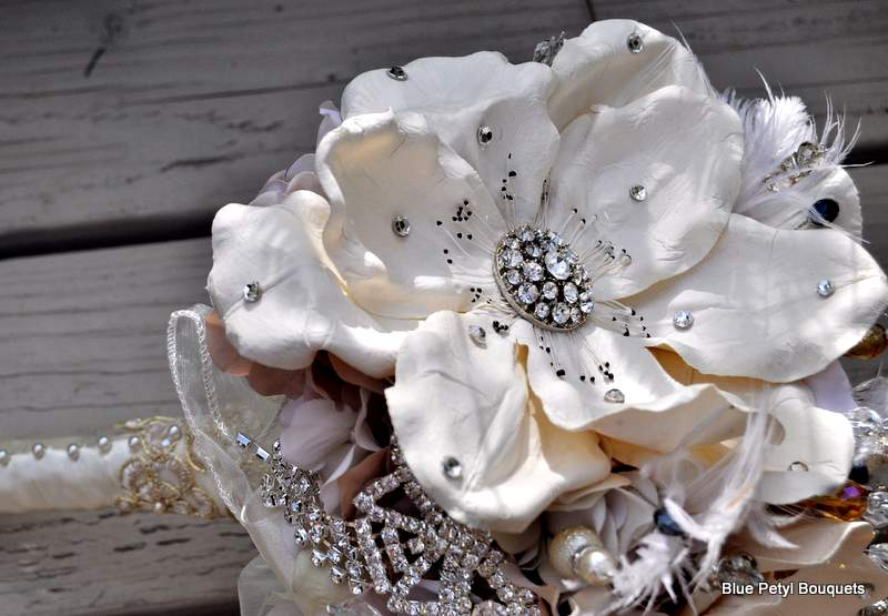 Photo: Empress Magnolia Bridal Bouquet www.bluepetyl.com