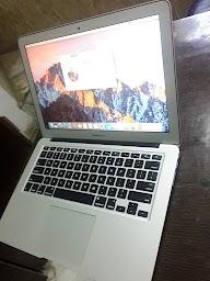 Used Laptop World photo 1
