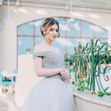 Wedding photographer Kristina Grigoryan (gkphotographer). Photo of 13.02.2018