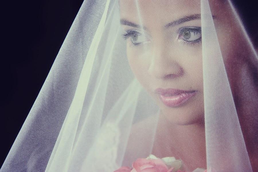 Taiane by Jean Carlos Monnerat - Wedding Bride ( making of, wedding, veil, bride )