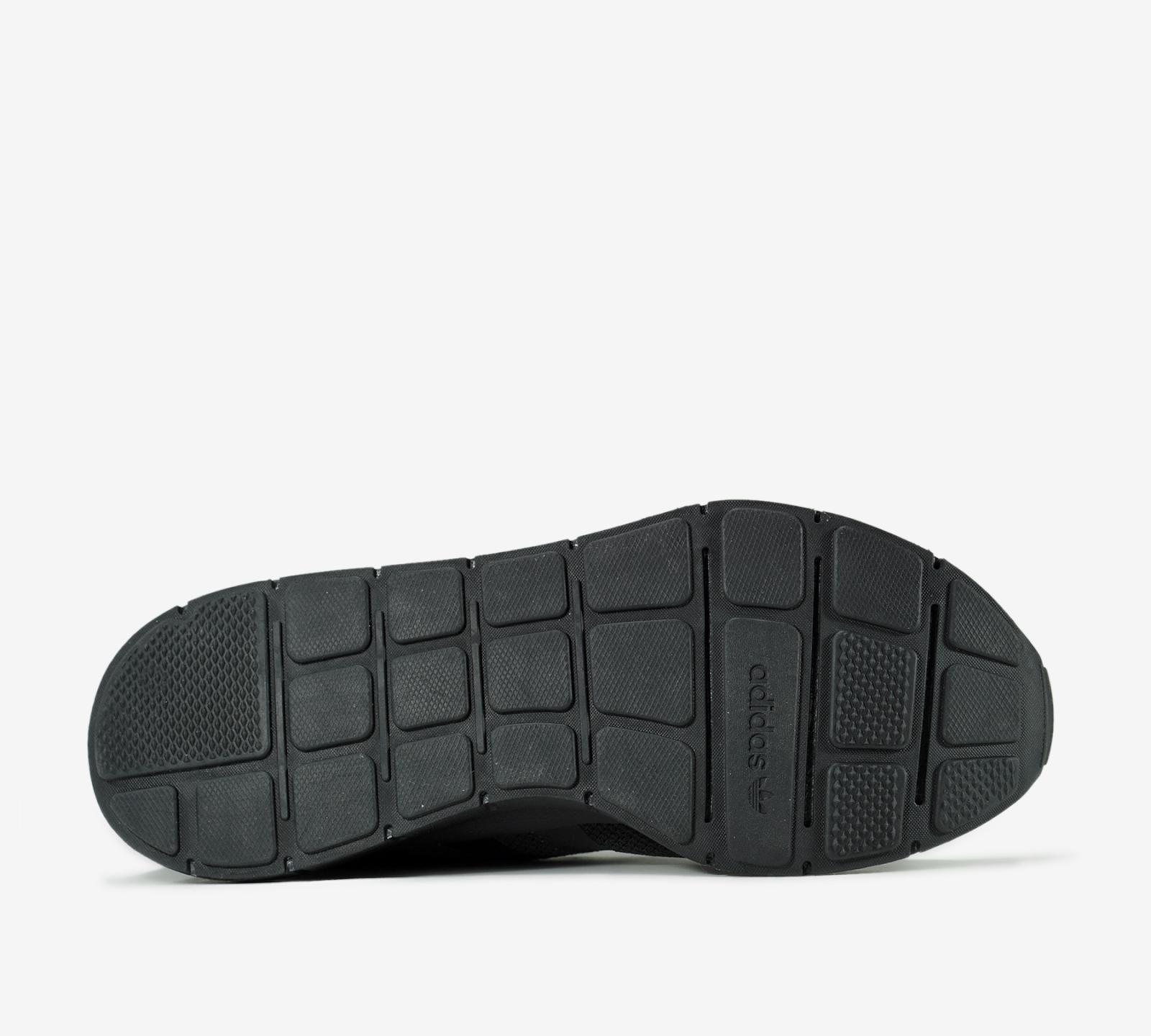 Review giày adidas Swift Run   đôi giày adidas nam chính hãng tuyệt vời cho tầm giá tầm trung