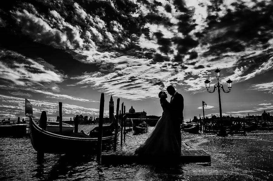 Wedding photographer Gabriel Sánchez martínez (gabrieloperastu). Photo of 17.10.2015