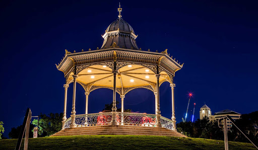 Australia-Adelaide-rotunda - Elder Park Rotunda by the River Torrens in Adelaide, Australia, at night.