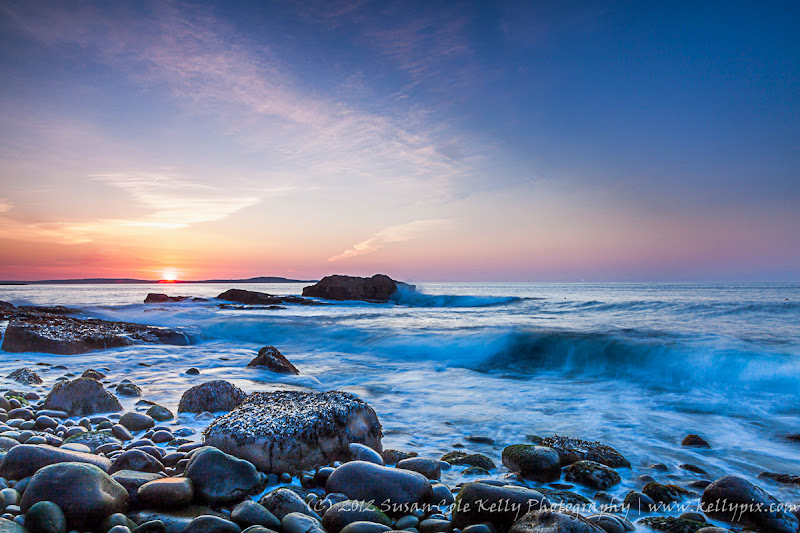 Photo: There's pea-soup fog out the window right now, so here's a sunrise from Acadia National Park from earlier this week for #sunrisesaturday by +Josh Davis. Good morning, Googlies! #seascape #sunrise #acadianationalpark #newengland