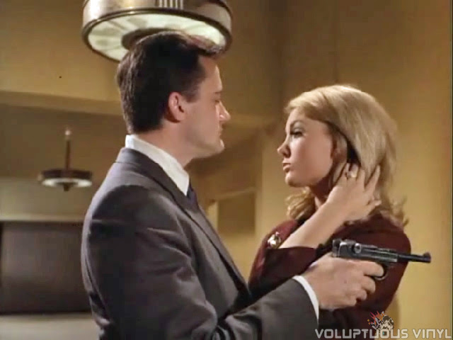 Barbara Bouchet flirts with Solo in an episode of The Man From U.N.C.L.E.