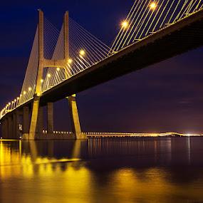 Passage lighted by Paulo Mendonça - Buildings & Architecture Bridges & Suspended Structures