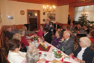 Photo: Viele Mitglieder kamen zur Advents- und Nikolausfeier.
