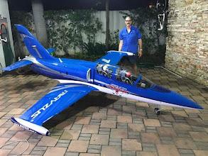 Photo: 1:2,7     L 39 Albatros     Emilio Bruzzone  Equador  Emilio ist geradezu Überwältigt von der L39 und euren super Scalepiloten . Nochmals vielen Dank für die tolle Umsetzung der Extrawünsche . Thomas Reiter    😕