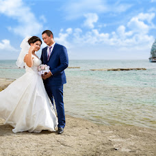 Wedding photographer Sergey Kurennoy (SergeyKurennoy). Photo of 16.02.2015