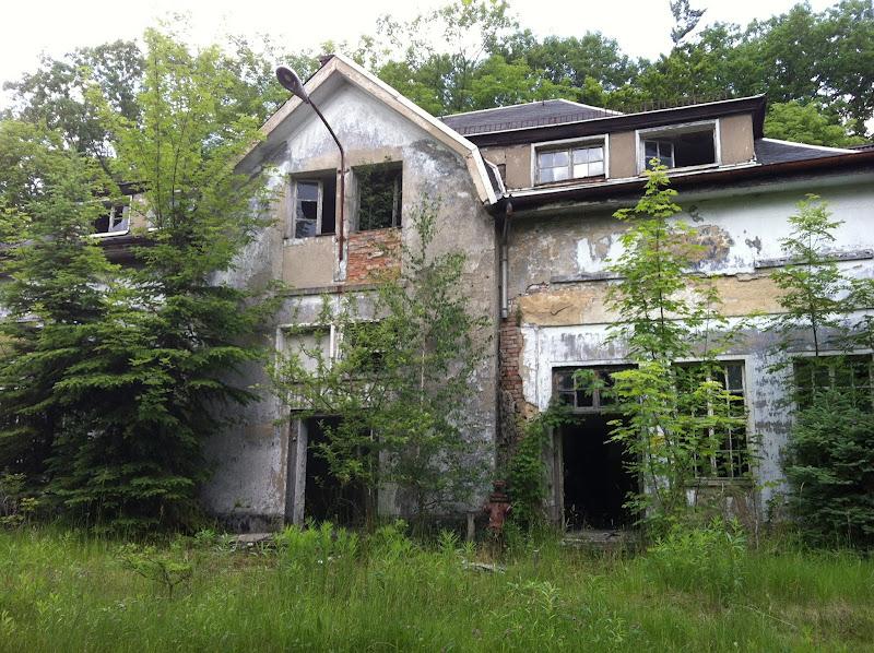 Photo: Die Kaserne war damals als Unterkunft für das Feldartillerie-Regiment Nr. 68 aus Riesa gedacht. Durch den Ausbruch des 2. Weltkriegs kam es aber nicht zu dem Bezug.