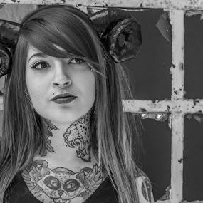 Tatoo by Pilar Gonzalez - People Fashion ( magic, tatoos, black and white, costume, young girl,  )