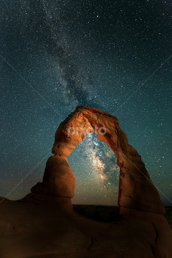 Delicate Arch night view by Sushmita Sadhukhan - Landscapes Starscapes ( milkyway, arches national park, delicate, arches, nightscape,  )