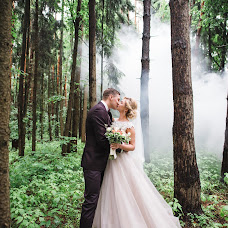 Wedding photographer Lyubov Lyupina (iamlyuba). Photo of 07.12.2017