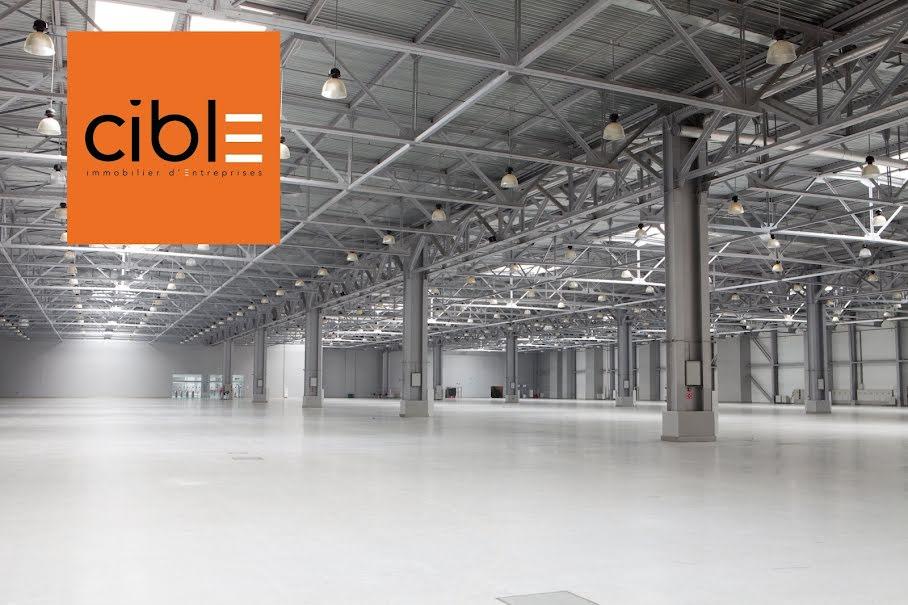 Location  locaux professionnels  153 m² à Grésy-sur-Aix (73100), 1 700 €